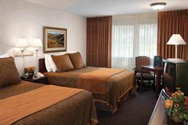 42039_005_Guestroom