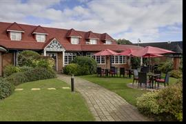 calcot-hotel-grounds-and-hotel-29-83831