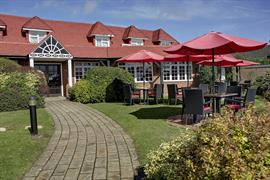 calcot-hotel-grounds-and-hotel-39-83831