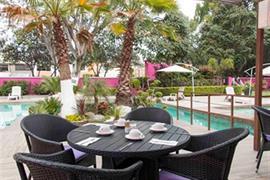 70097_007_Restaurant