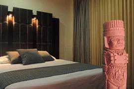 70159_006_Guestroom