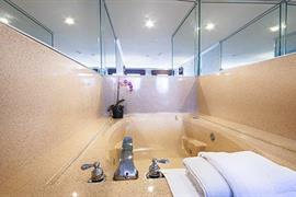 05497_006_Guestroom