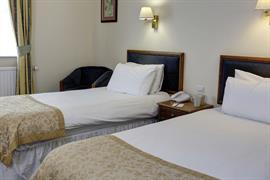 reigate-manor-hotel-bedrooms-18-83118