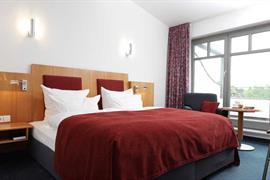 95215_006_Guestroom