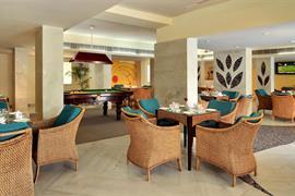 76538_007_Restaurant
