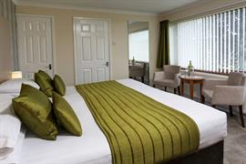 restormel-lodge-hotel-bedrooms-39-83742