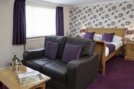 restormel-lodge-hotel-bedrooms-40-83742