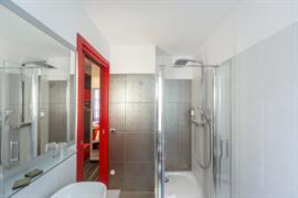 93816_007_Guestroom