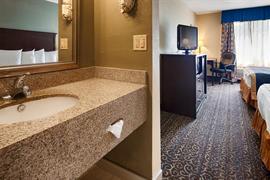 36150_007_Guestroom