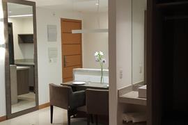 77120_006_Guestroom