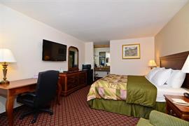 25081_006_Guestroom
