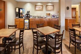 18089_005_Restaurant