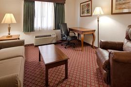 18089_006_Guestroom