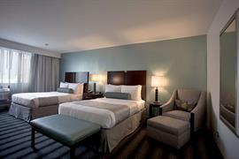 14112_004_Guestroom