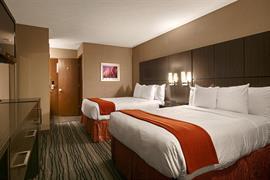 14132_004_Guestroom