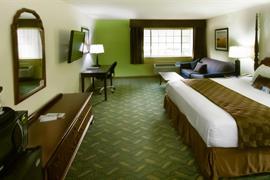 24107_002_Guestroom