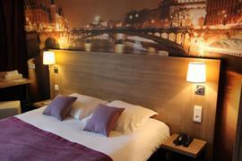 93838_003_Guestroom
