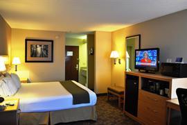 34180_006_Guestroom