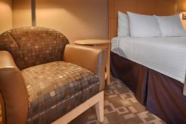 34180_007_Guestroom