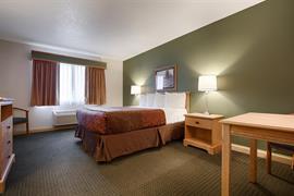 14146_005_Guestroom