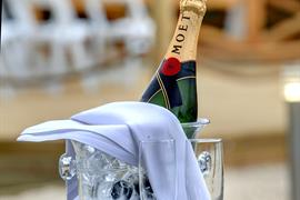 rockingham-forest-hotel-wedding-events-23-83907-OP