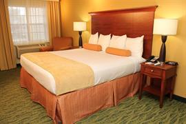 44369_003_Guestroom