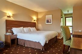 royal-george-hotel-bedrooms-09-83498