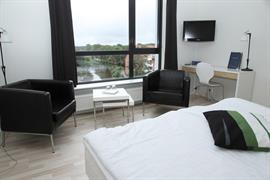96094_007_Guestroom