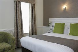royal-hotel-bedrooms-24-83745