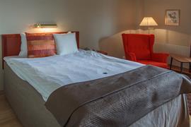88213_002_Guestroom