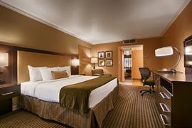 03074_001_Guestroom