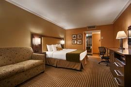 03074_004_Guestroom
