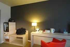 93732_003_Guestroom