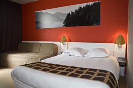 93732_004_Guestroom