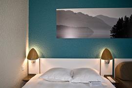 93732_005_Guestroom