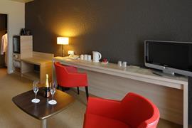 93732_007_Guestroom