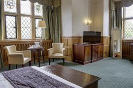 salford-hall-hotel-bedrooms-17-83296