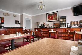05569_007_Restaurant
