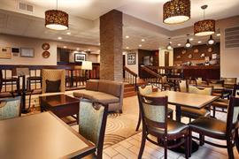21041_004_Restaurant