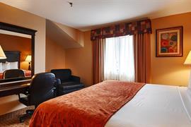 14191_007_Guestroom