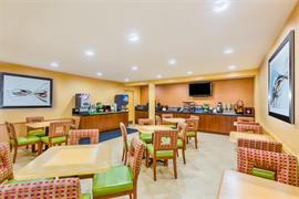 05386_007_Restaurant