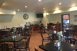 44581_006_Restaurant