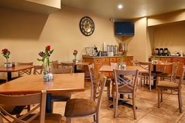 44581_007_Restaurant