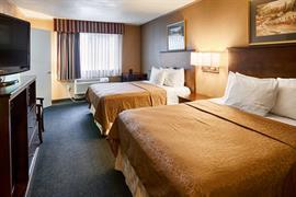 44427_005_Guestroom