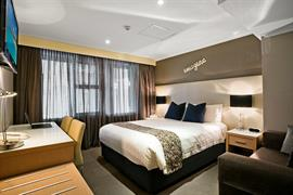 97369_004_Guestroom