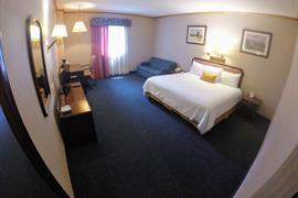 70078_006_Guestroom