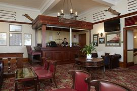 scores-hotel-leisure-04-83405