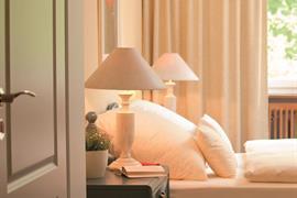 95242_005_Guestroom