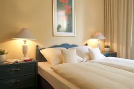 95242_006_Guestroom