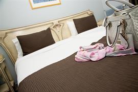 93602_007_Guestroom